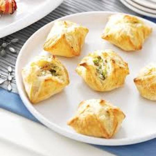 Jalapeno and ricotta puffs