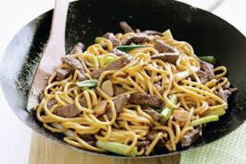 Stir Fry Singapore Noodles with beef and Oyster sauce
