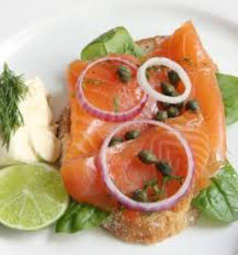 Lime and Spiced Gravalax of Salmon Drizzled with Parsley Oil & Mesculin